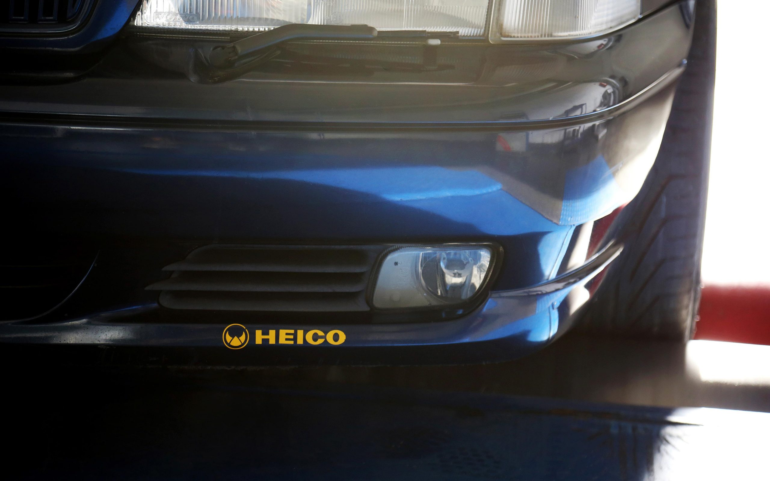 heico-sportiv-V70-edition-1