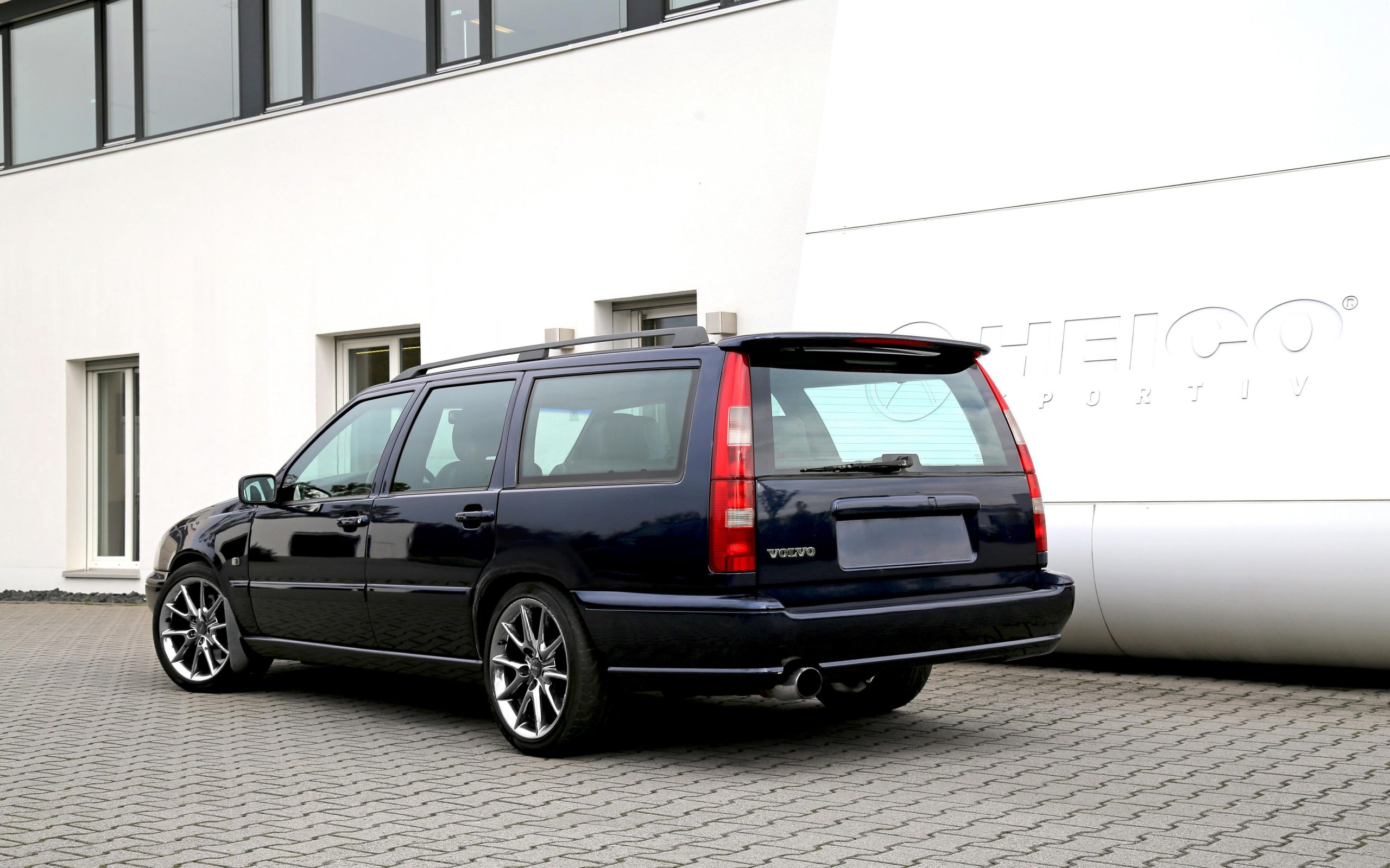 heico-sportiv-V70-edition-rear-1_0