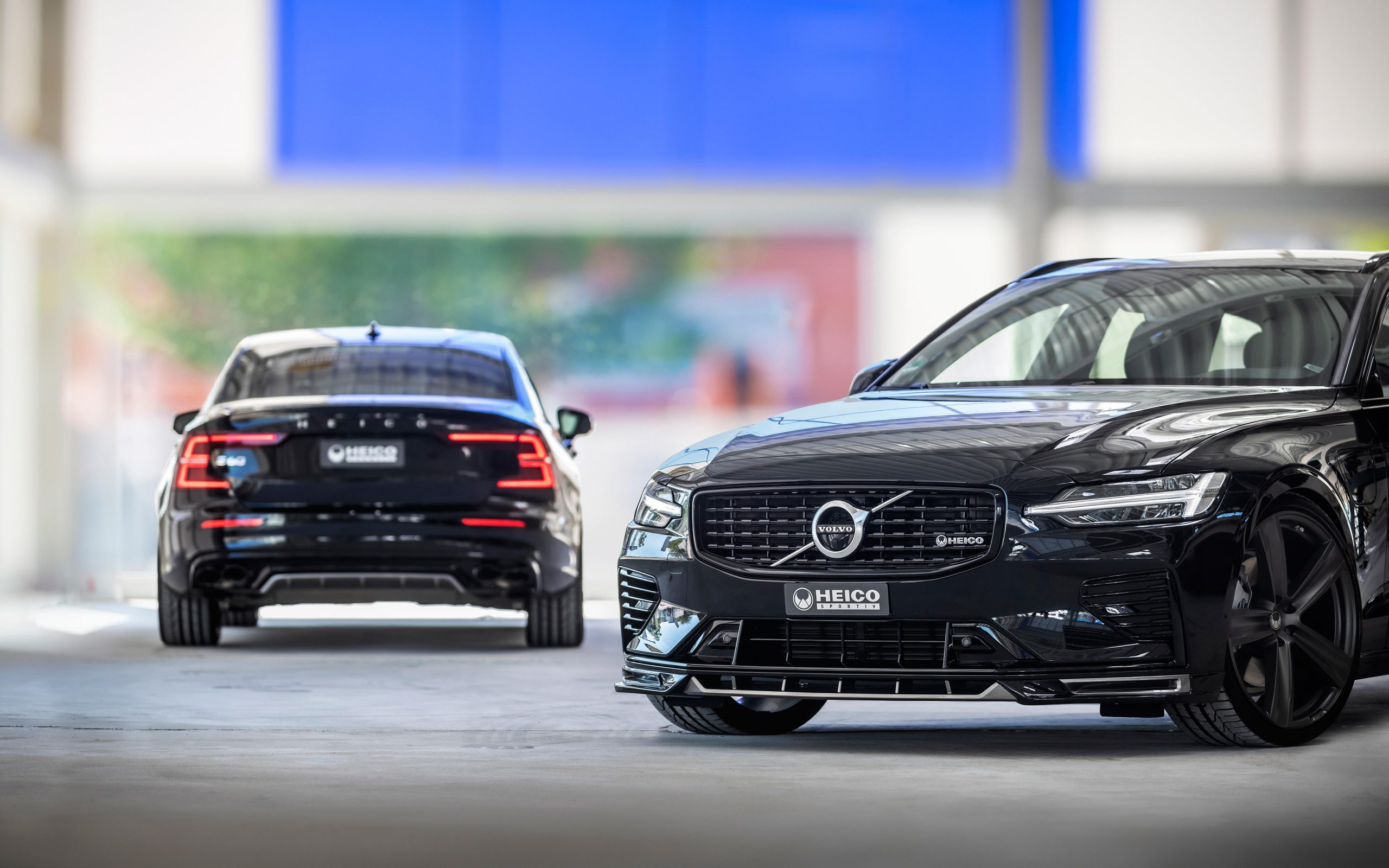heico-sportiv-s60-224-rear-v60-225-black-front-02