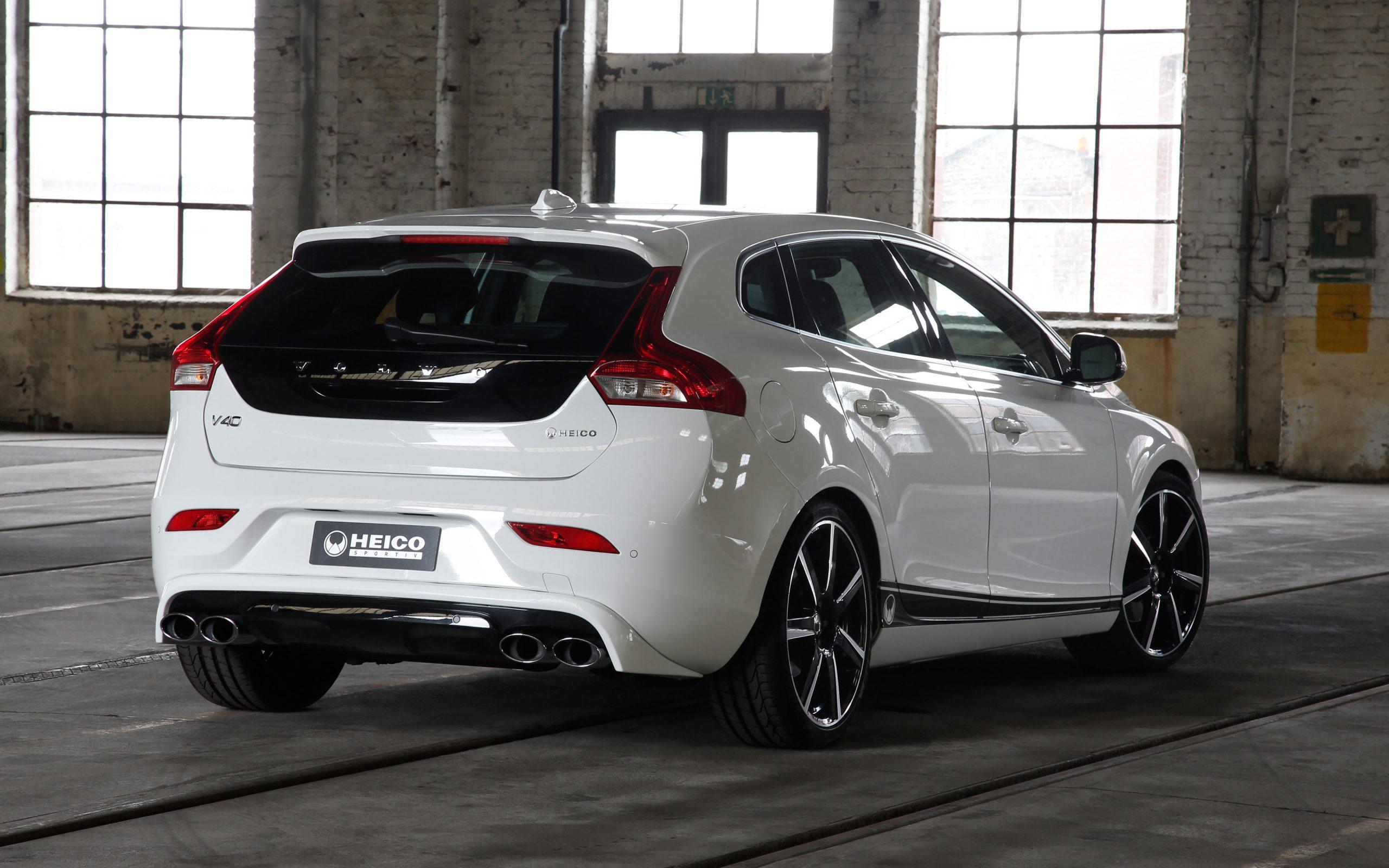heico-sportiv-volvo-v40-525-rear-heico-stripes-black