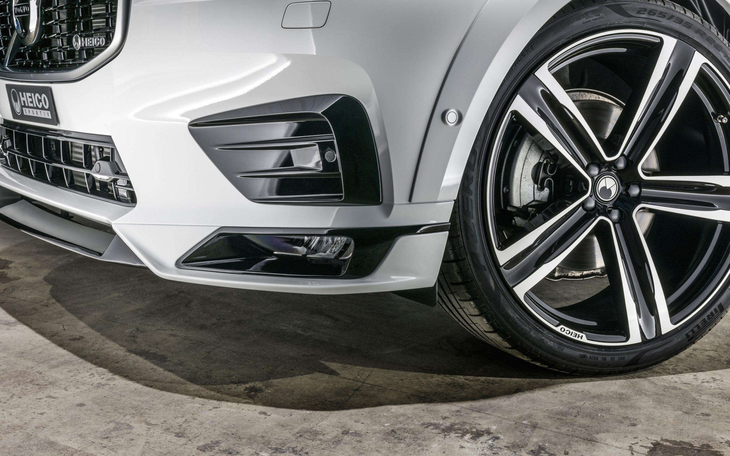 heico-sportiv-volvo-xc60-246-front-detail-1