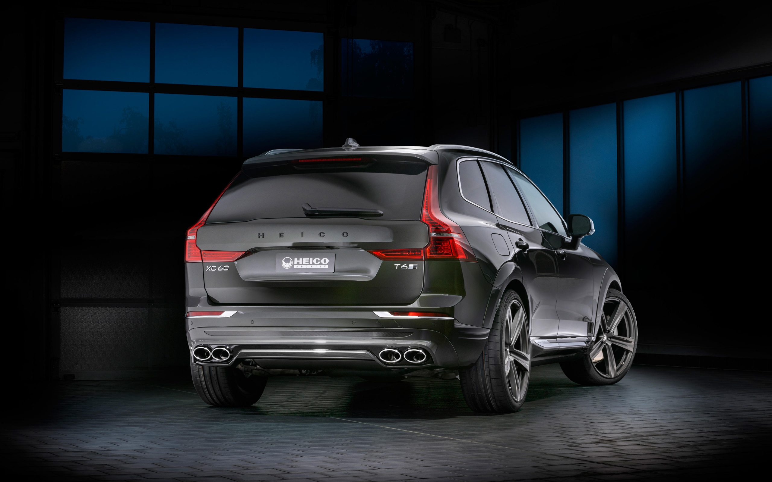 heico-sportiv-volvo-xc60-246-pine-grey-rear